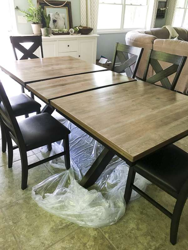 Applying poly to a refinished table