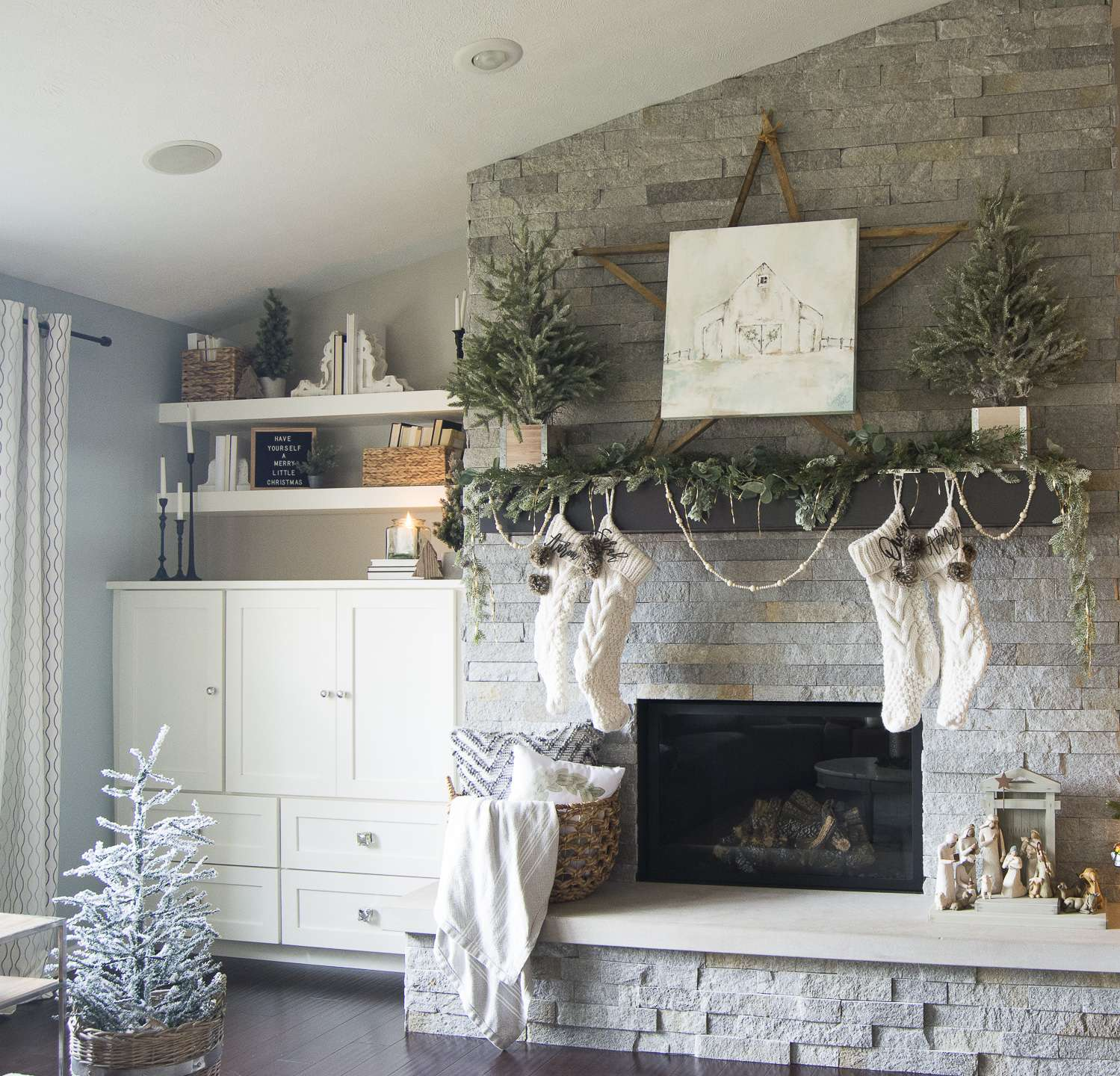 Cozy christmas home tour merry magical grace in my space christmastime should be cozy and filled with joy join me for my cozy christmas home solutioingenieria Choice Image