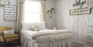 Girl's Bedroom Decor   A Simple and Sweet Makeover