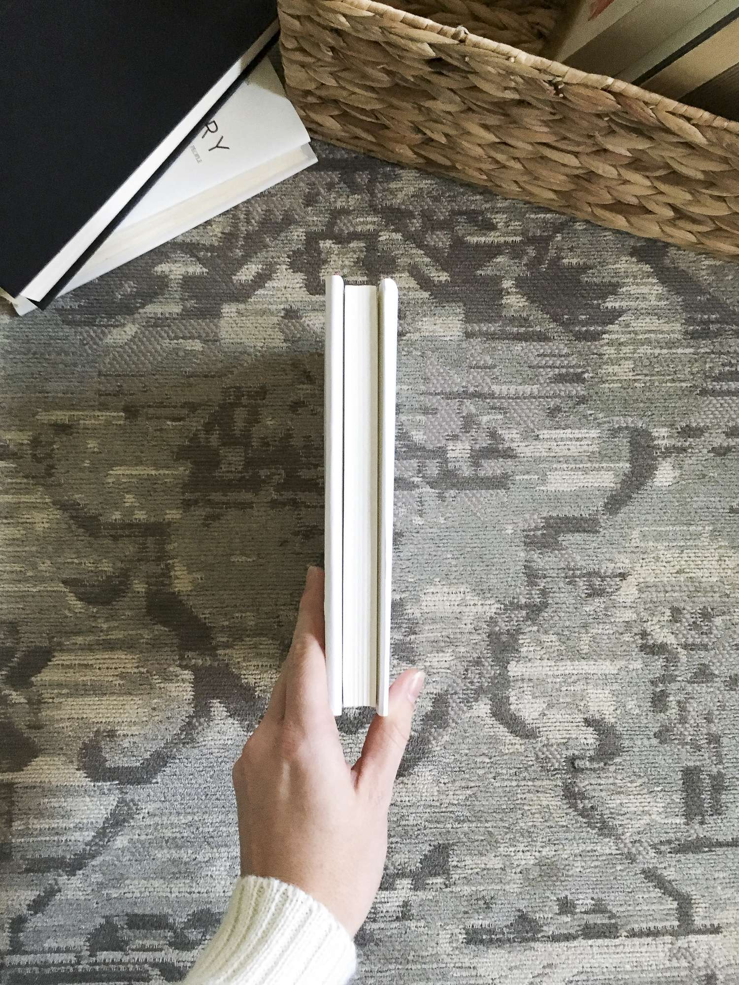 Do you want to make your book shelves look cohesive? I've got the simplest and easiest DIY book covers you've ever done up on the blog for you today.