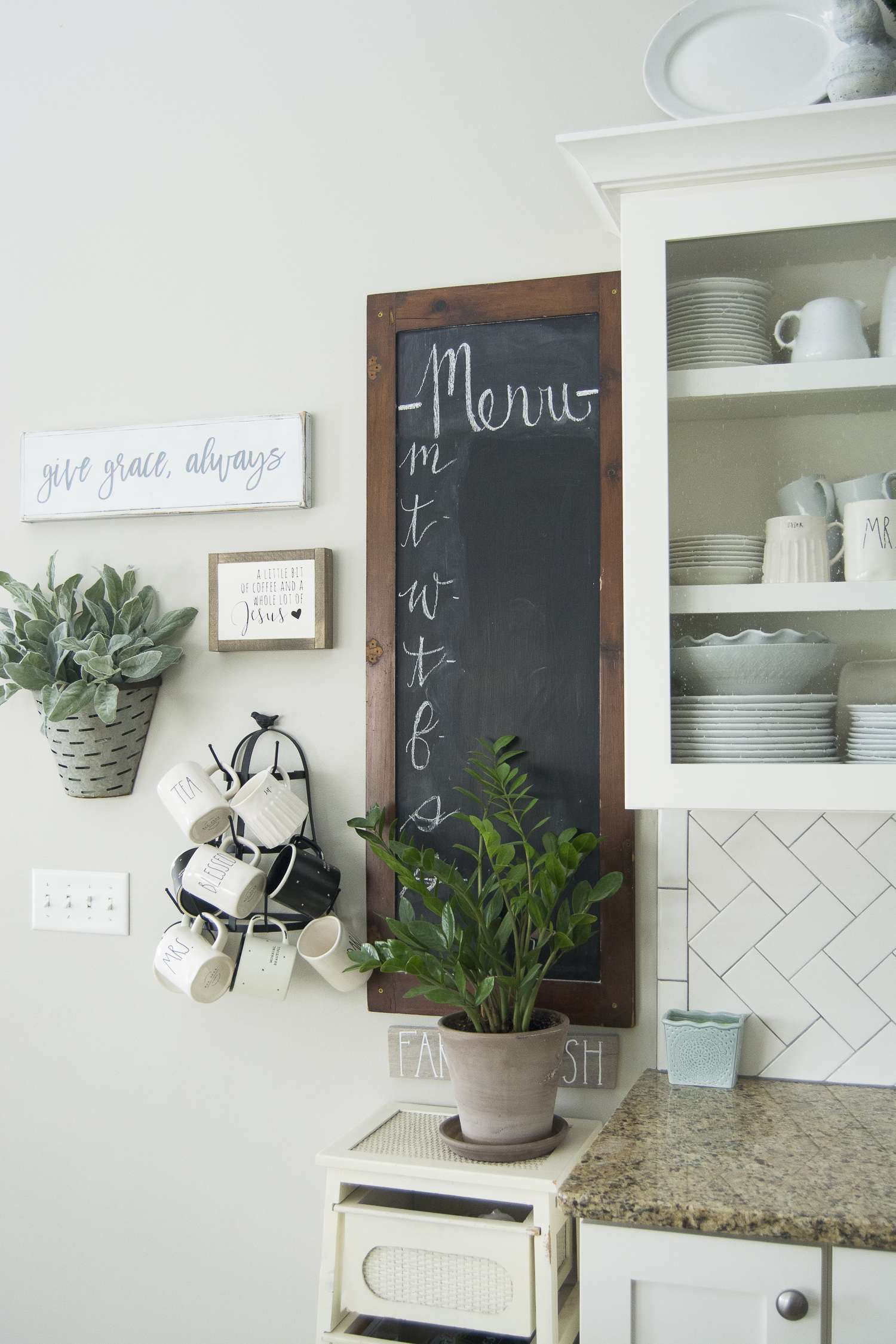 Kitchen Decor Ideas Wall 2