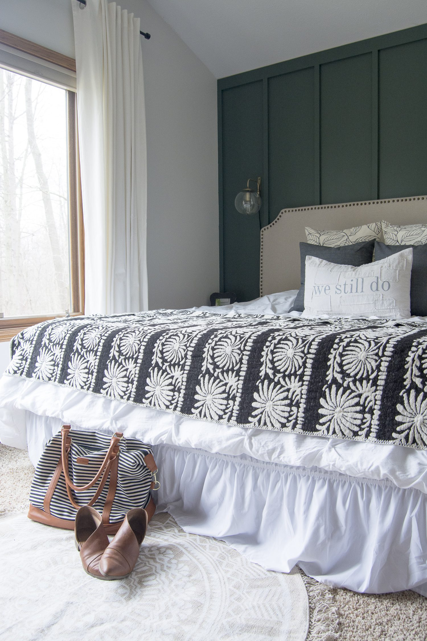Modern Farmhouse Bedroom Decor: Finishing Touches | Grace
