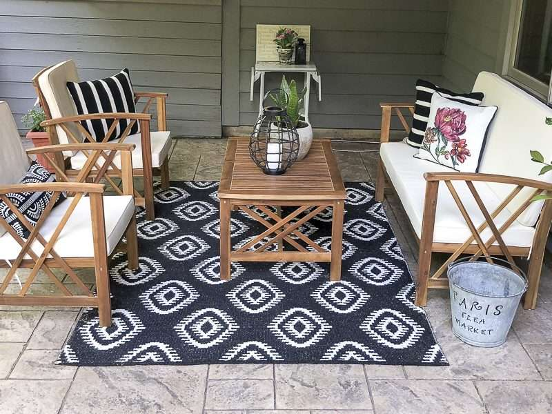 Five Easy Updates to Your Outdoor Living Space