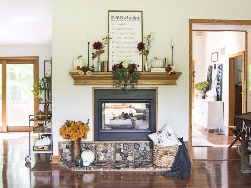 Cozy Fall Decor with Florals | + 12 Fall Home Tours