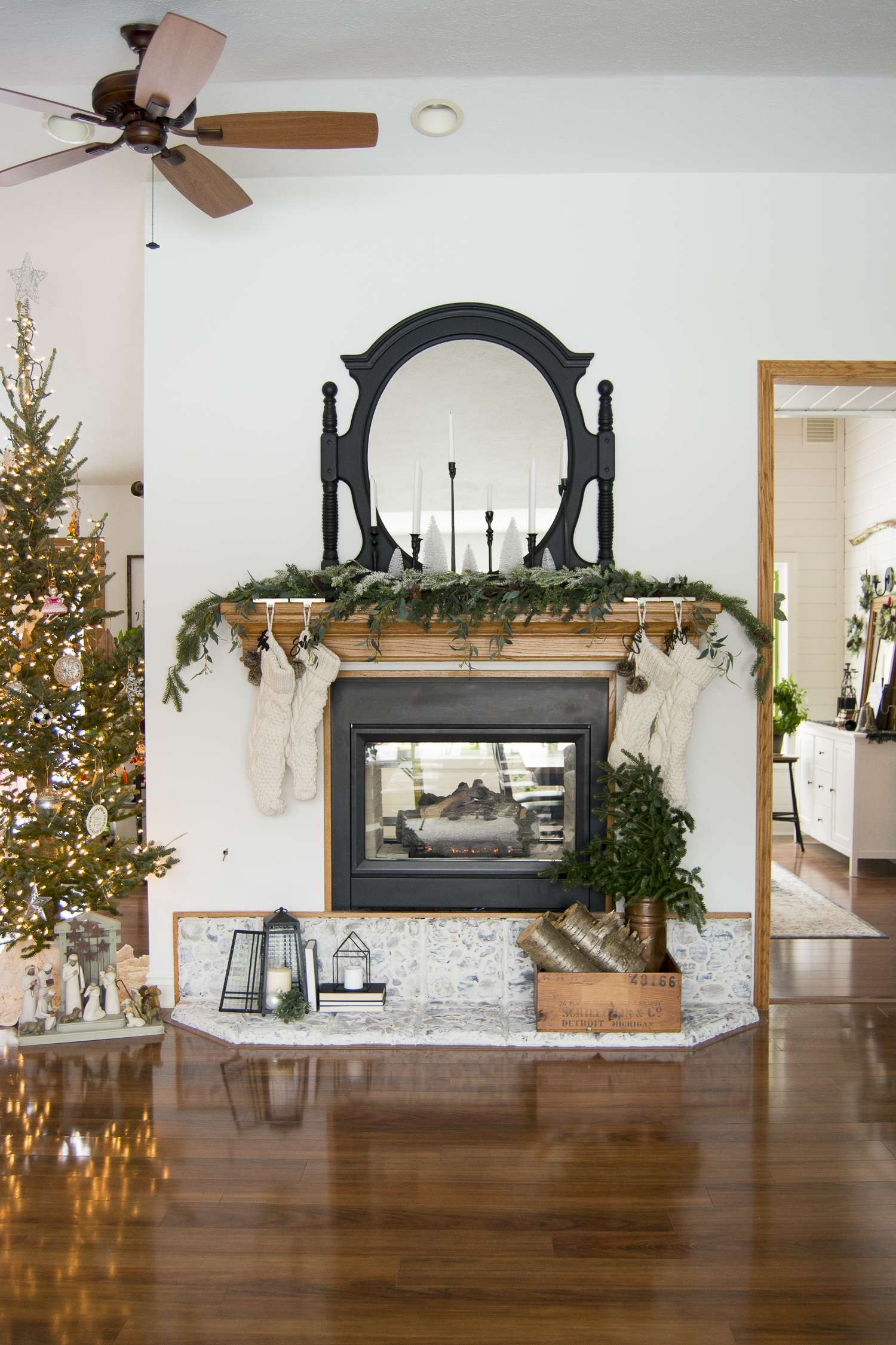 5 Christmas Mantel Decorating Tips | Grace In My Space