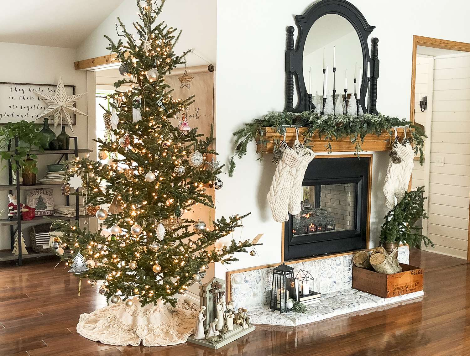 Are you looking to extend your Christmas decor into winter? Today I'm sharing my favorite transitional decor to help you transition the seasons. #transitionaldecor #winterdecor #fromhousetohaven