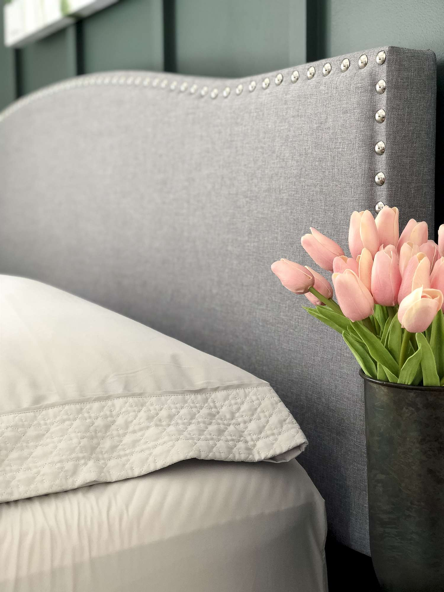 Are you looking for cozy bedroom ideas for spring? Today I'm sharing how to make your bedroom cozy with textures even as we head into the spring season. #fromhousetohaven #springbedroomideas #cozybedroomideas