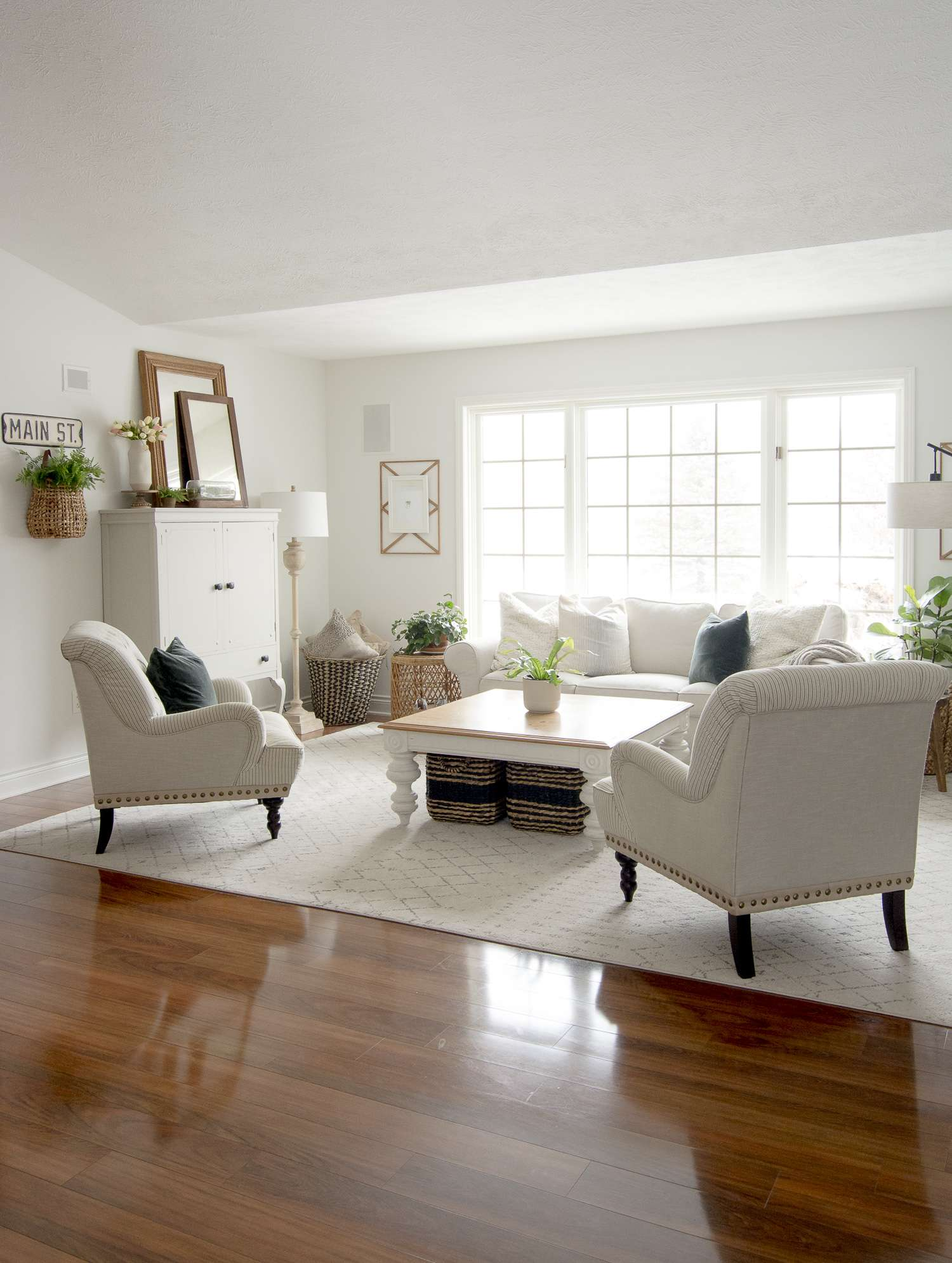 Farmhouse Living Room Furniture Layout | Grace In My Space