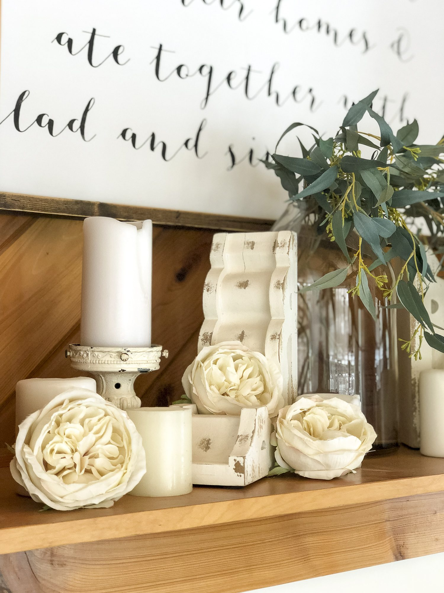 Are you trying to arrange faux flowers without having to stick to the traditional vase arrangement? Read 5 non-traditional ways to arrange faux flowers today! #fromhousetohaven #fauxflowers #artificialflowers