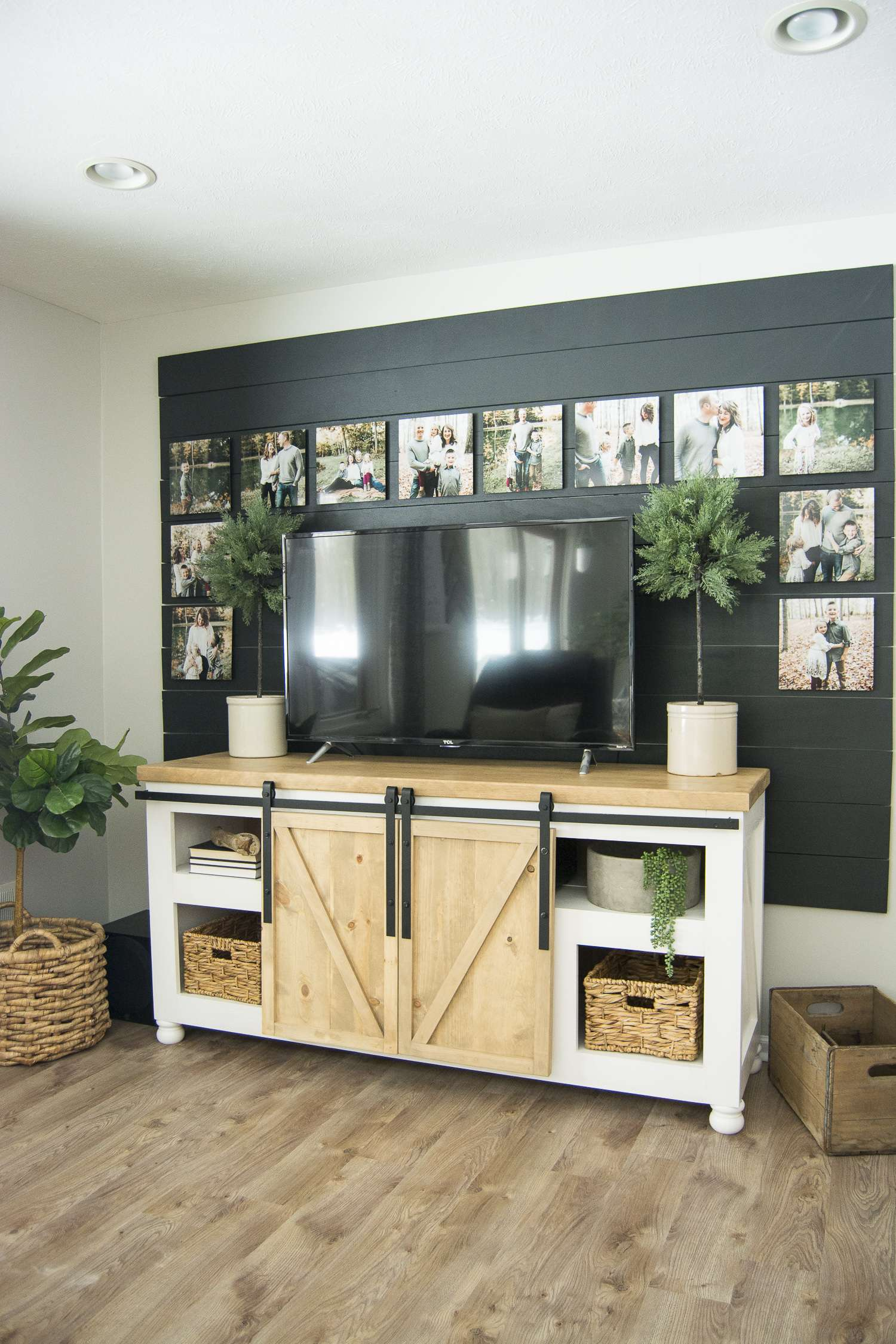 How to mask your TV. Here is my full home style guide with my best modern farmhouse decor sources. #fromhousetohaven #farmhouseinteriordesign #modernfarmhousestyle
