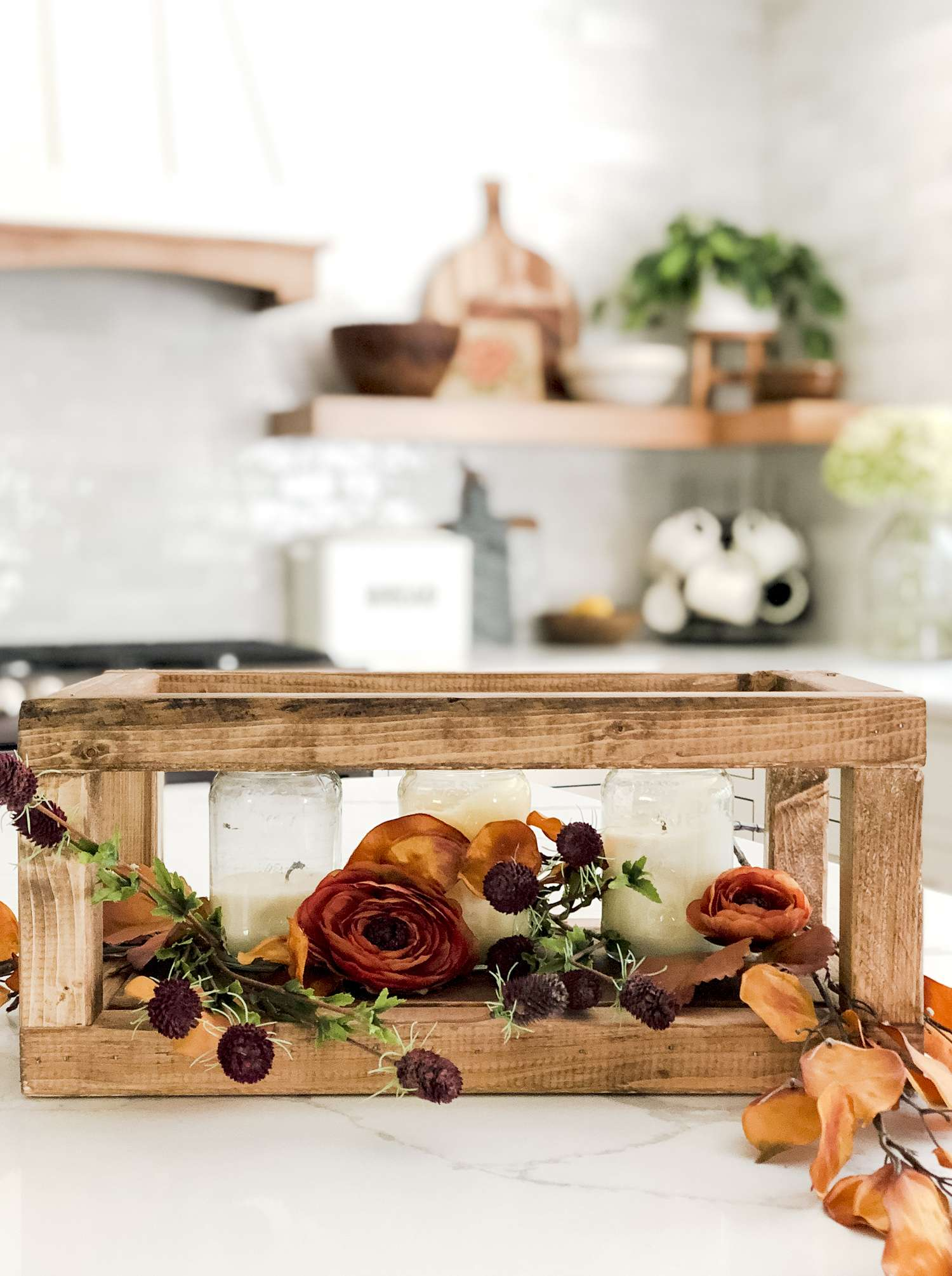 Small wood projects are a great way to decorate your home affordably! Use this tutorial, with video, to learn how to make a DIY wood centerpiece!