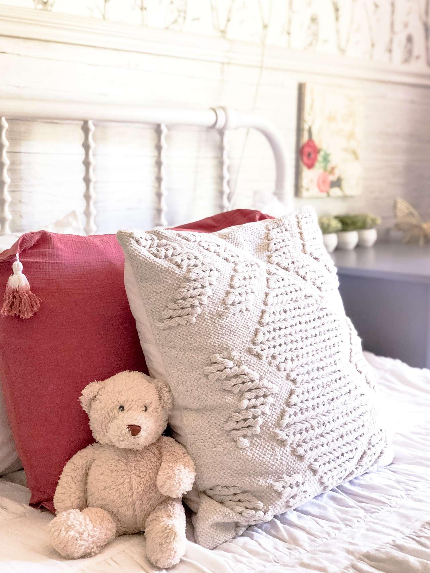 Girls bedding accent pillow