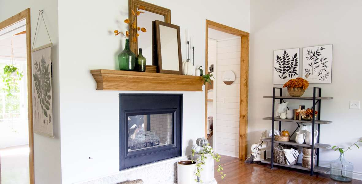 Do you love vintage home decor, but aren't sure how to use it in your home? Here are 5 style tips for how to use vintage items in your home decor.