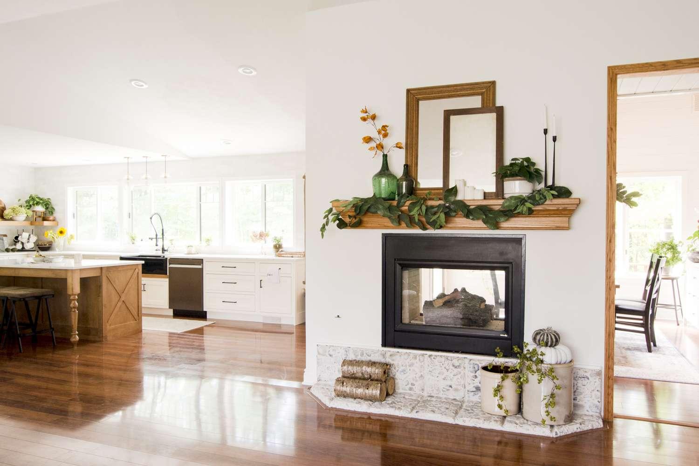 Fall fireplace mantel decorating