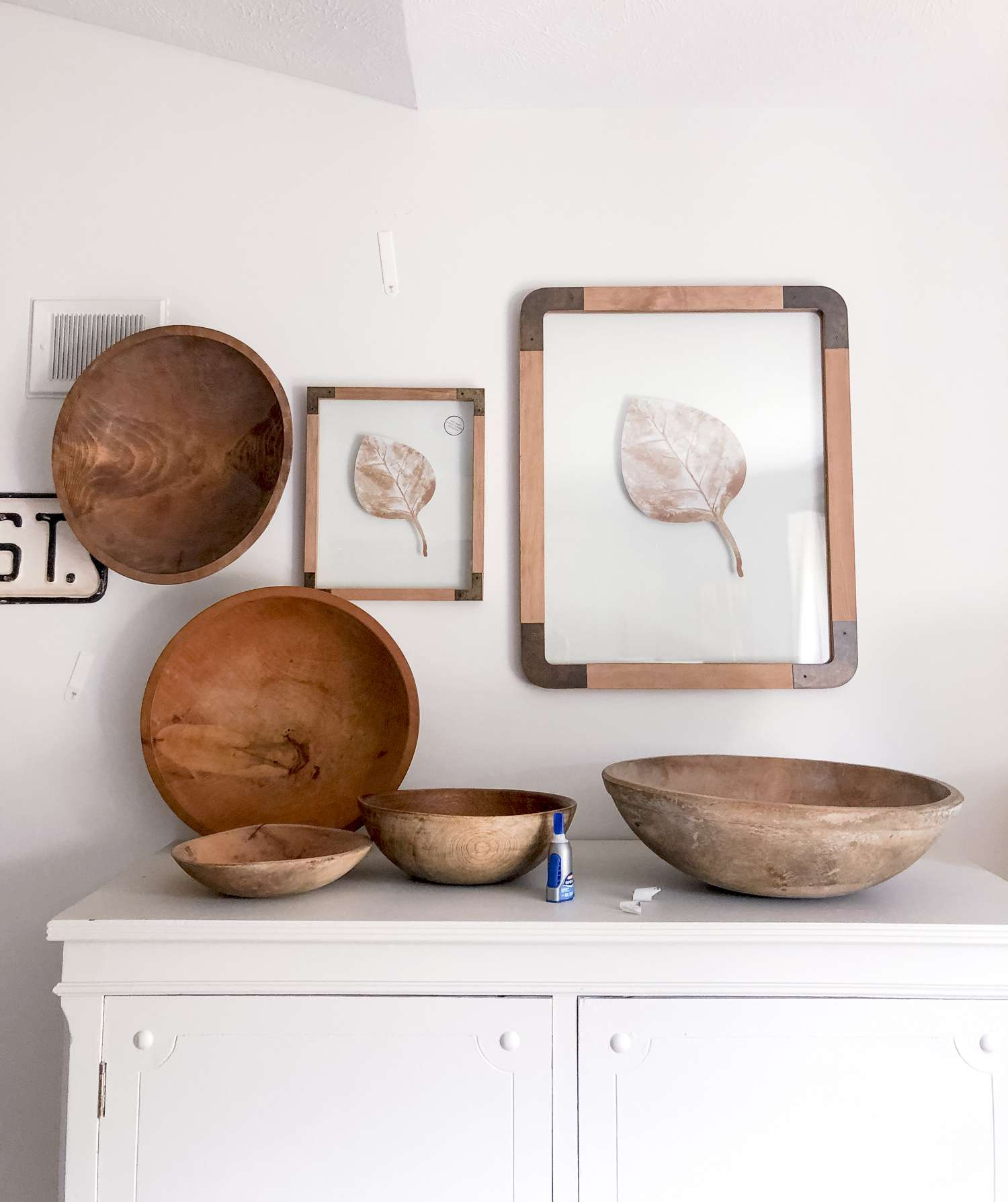 How to hang vintage wooden bowls.