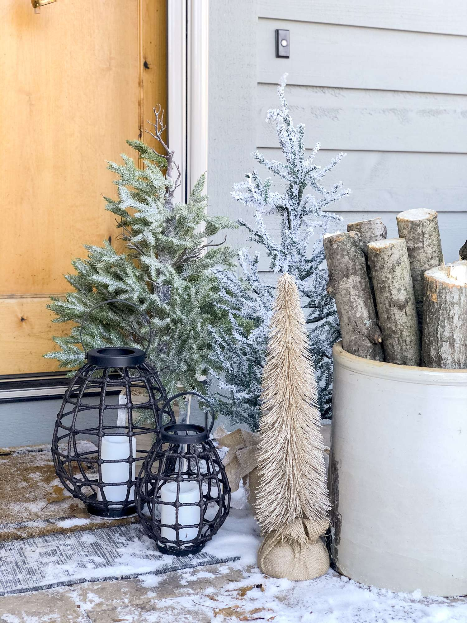 Front Porch Christmas Decorations  Tree Farm Style  Grace In My