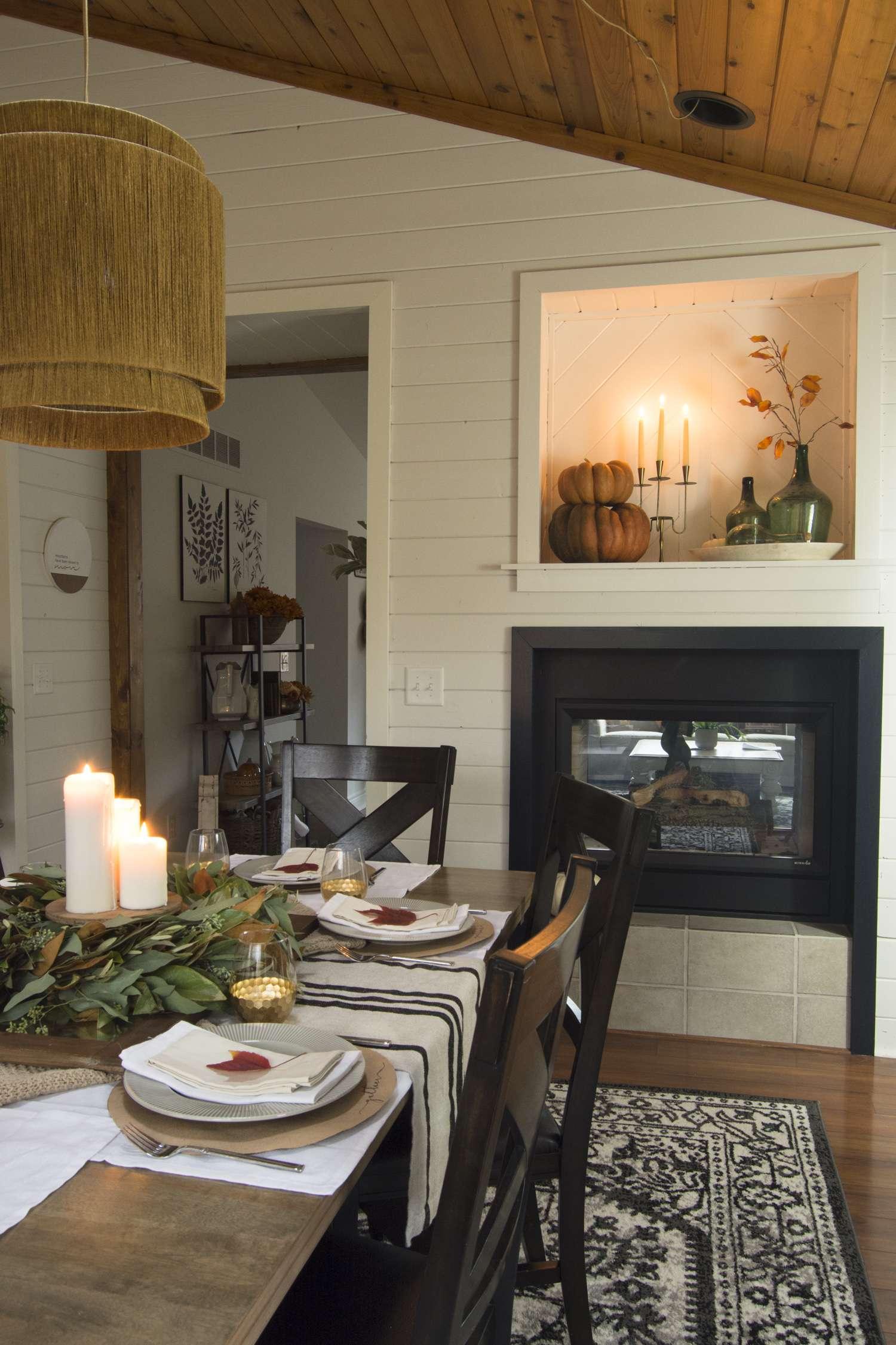 Thanksgiving centerpiece idea with fall decor.