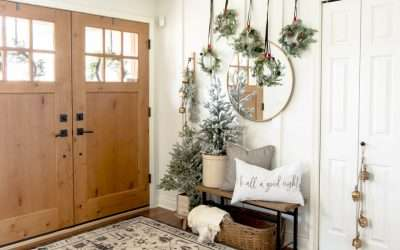 Traditional Christmas decorations can easily be reinvented with a little creativity! See how to create unique Christmas wall art with these standard pieces.