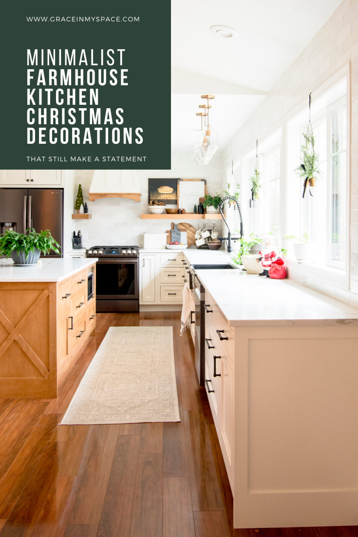 Small accents make a big statement in your holiday kitchen! Learn how to use minimal farmhouse kitchen Christmas decor to create a festive holiday kitchen.
