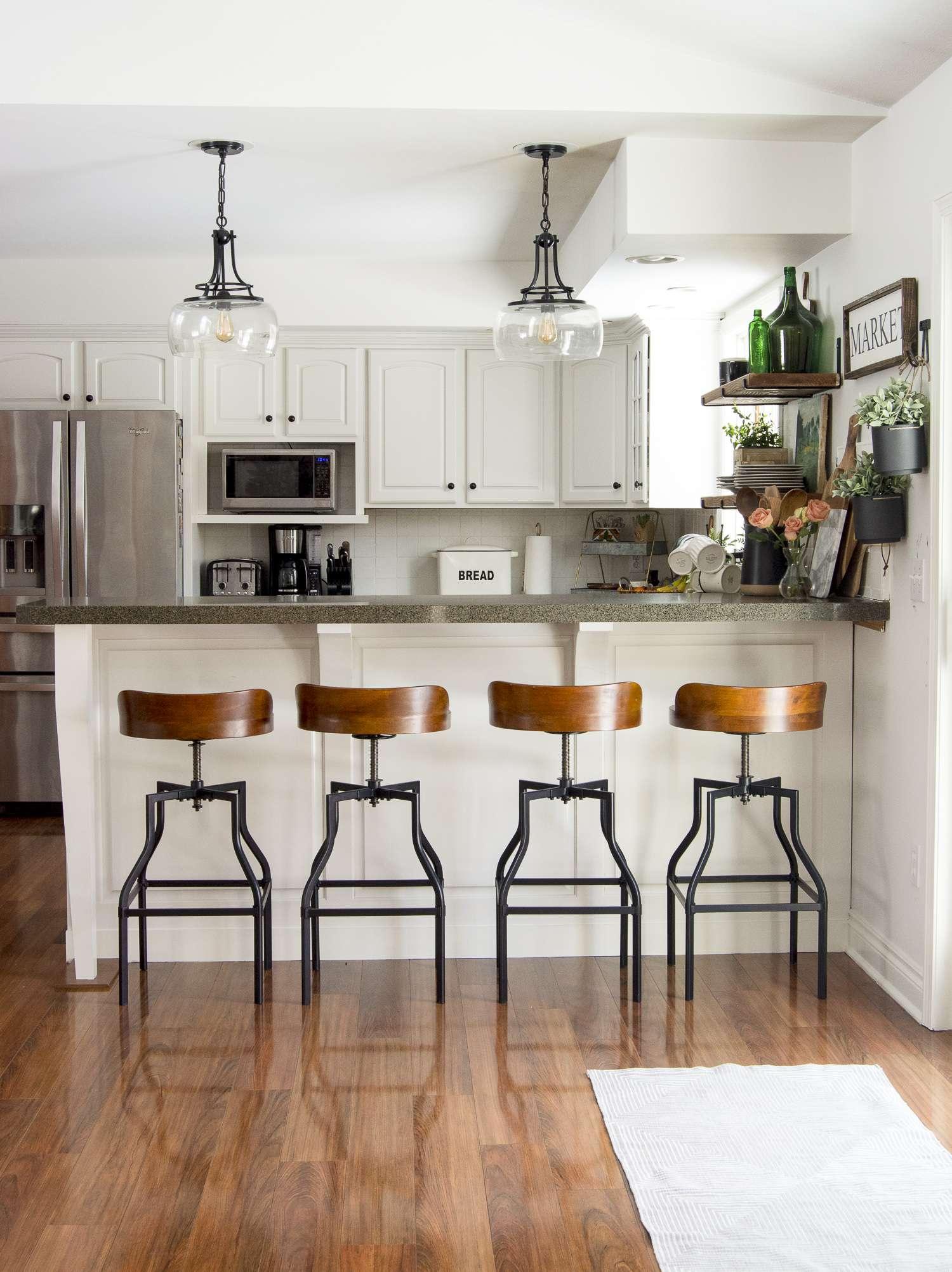 Farmhouse kitchen design plans.