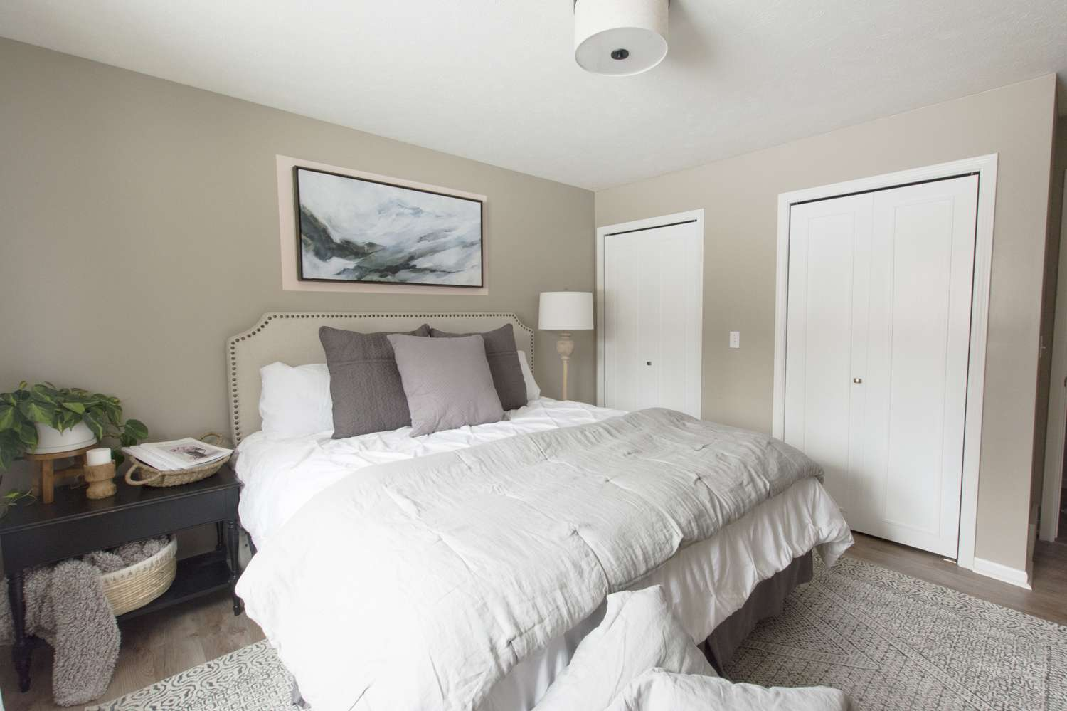 Guest bedroom makeover to a cozy and inviting space.