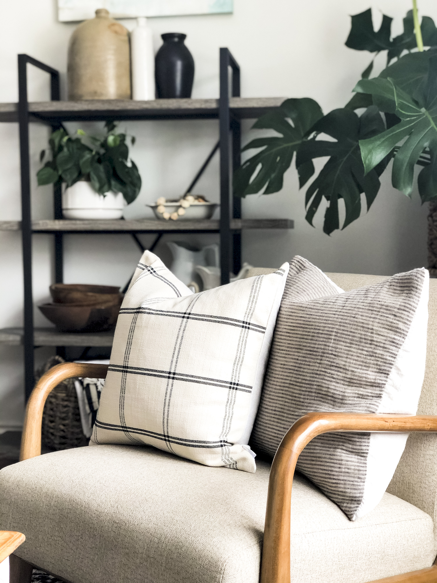 How to style neutral pillow covers.