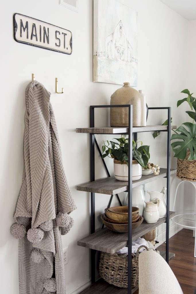 Home organization ideas for simple storage solutions.