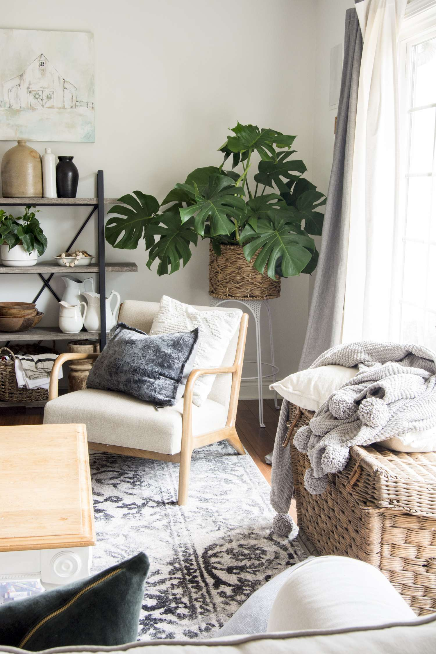 Do you love the hygge home movement? Learn how to create a cozy home using layers, textures, and warm tones. Front room furnishings for a cozy home to love!