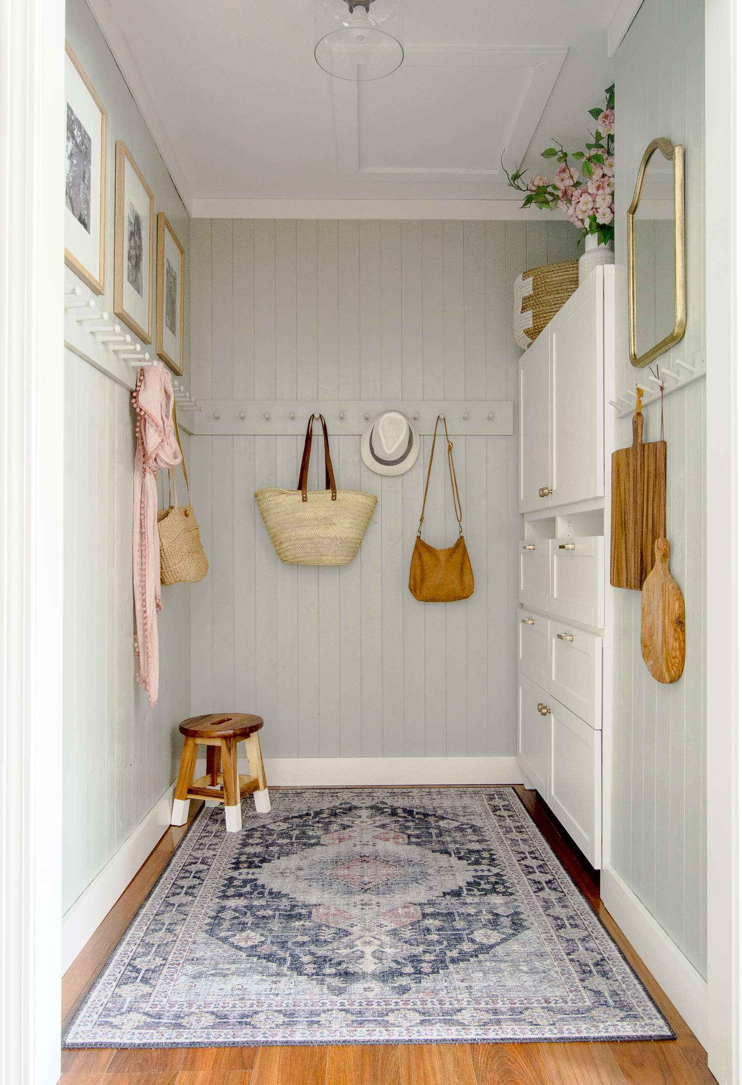 Small mudroom ideas with built in storage.