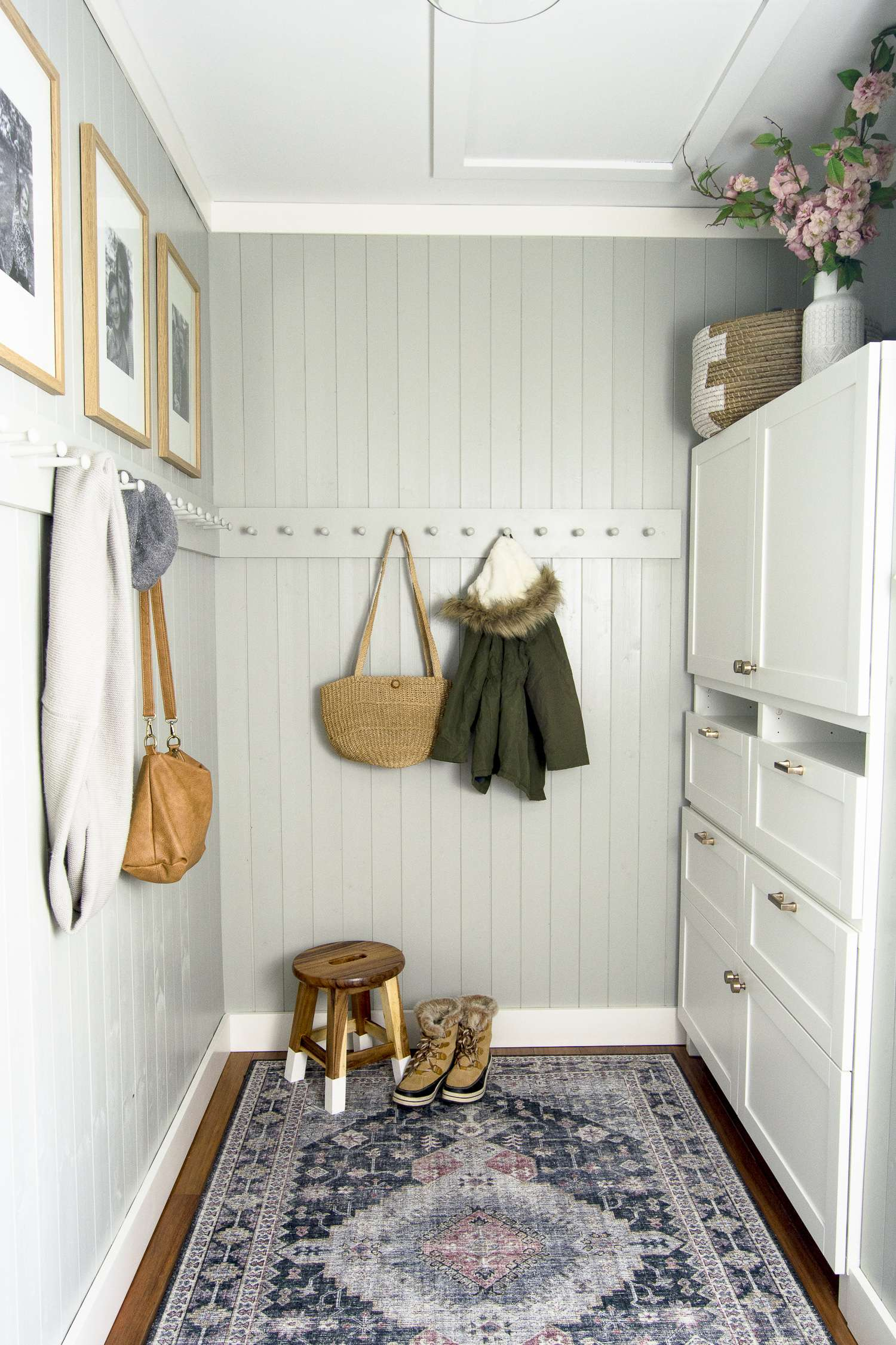 Small mudroom for winter.
