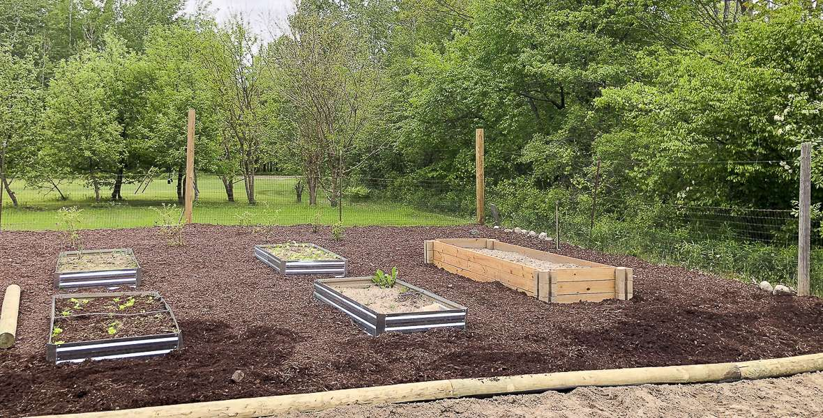 Easy Raised Garden Bed | DIY Without Tools