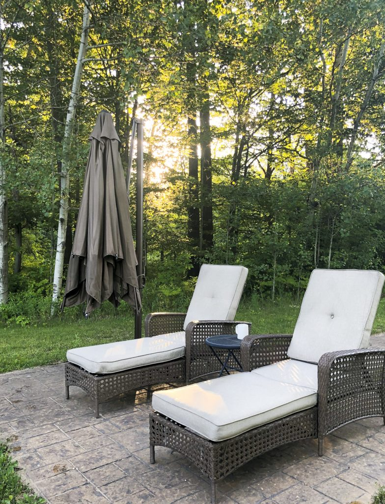 Rest patio chairs.