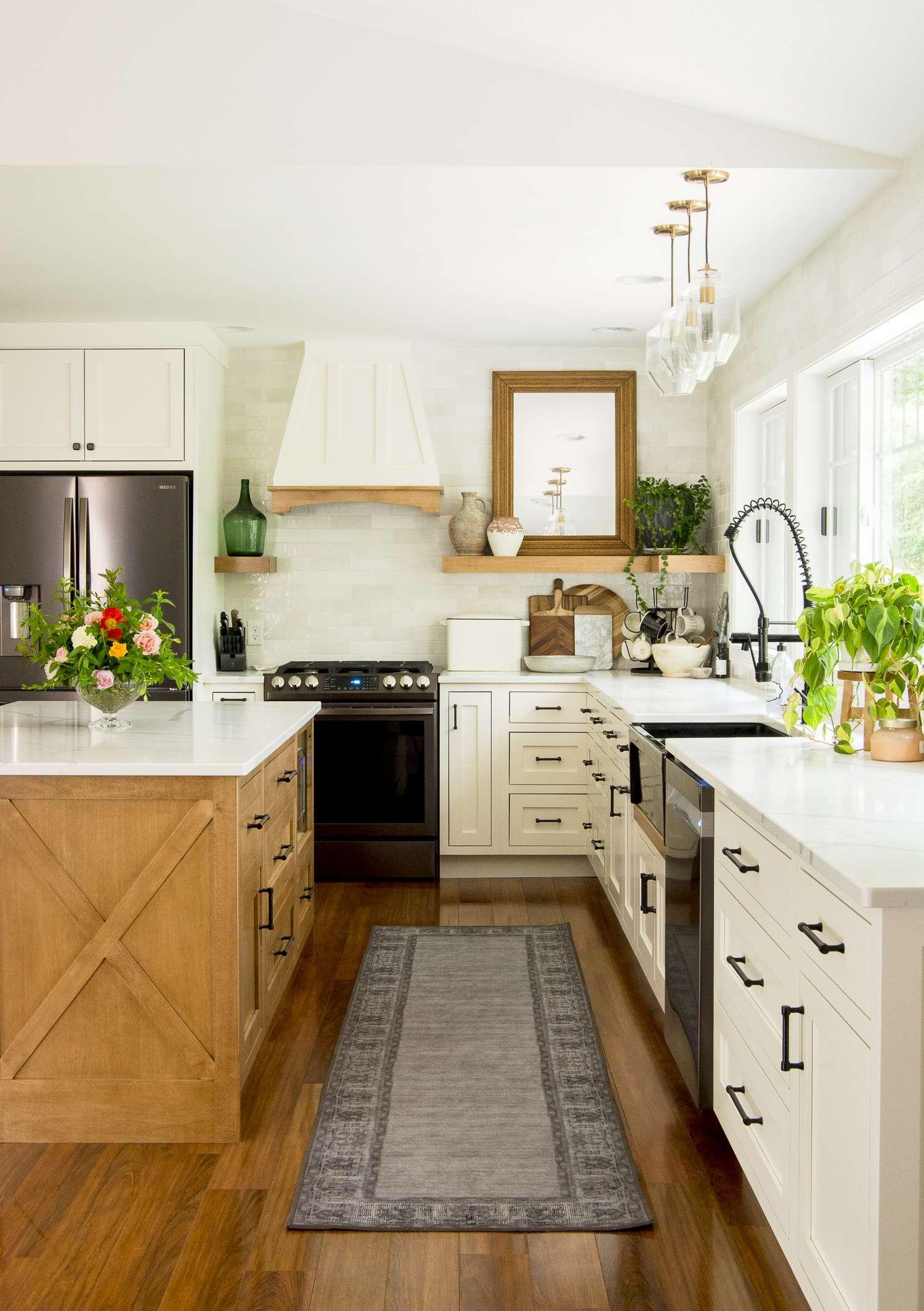 Kitchen finishes.