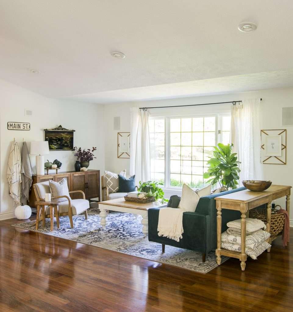 Mid-century modern living room.