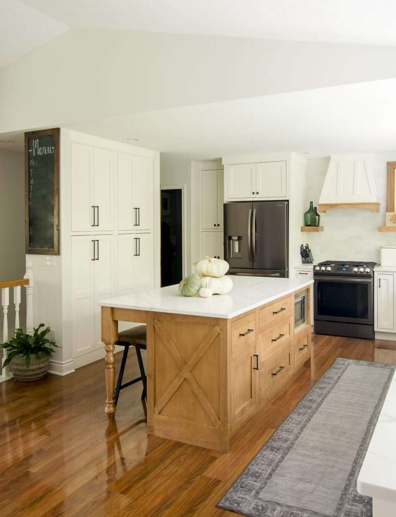 Fall farmhouse kitchen styling