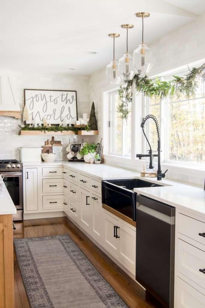 Christmas kitchen decor garland