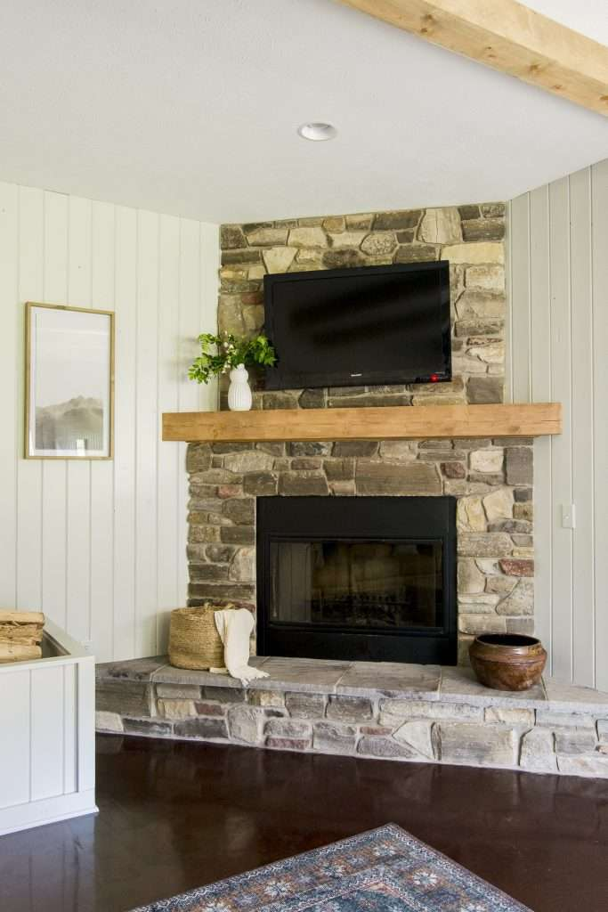 Cozy home ideas with a fireplace.