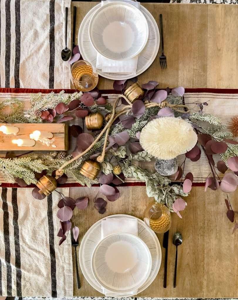 Table Decor for a Cozy Christmas Tablescape