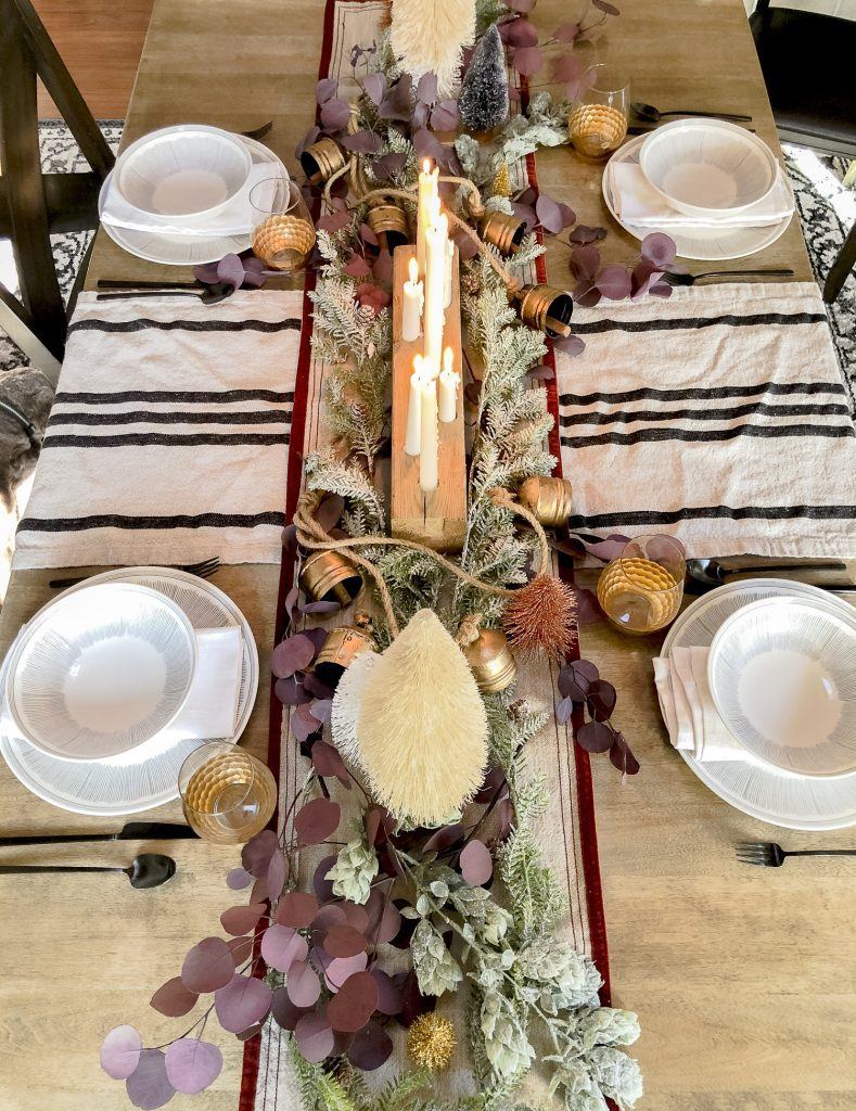 Holiday table runner.