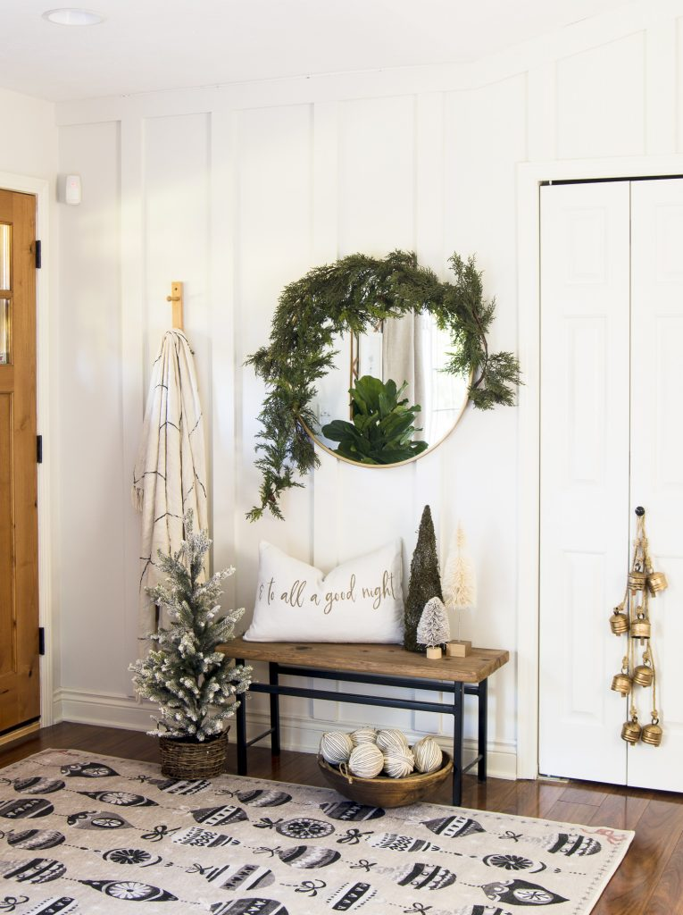 Christmas area rugs and decor ideas.