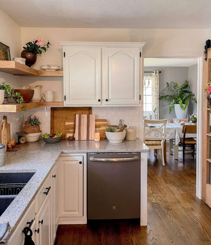 DIY corner kitchen shelves