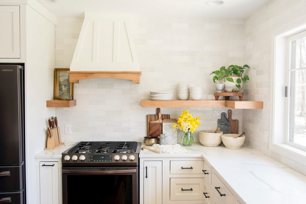 Spring kitchen with a styled shelf