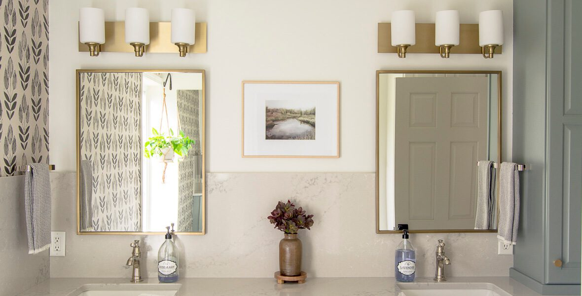 How to Mix Metals in Bathroom Finishes