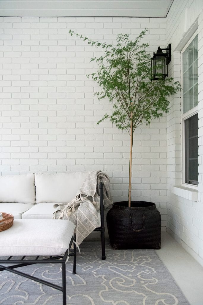 White brick painted Nuance by sherwin williams