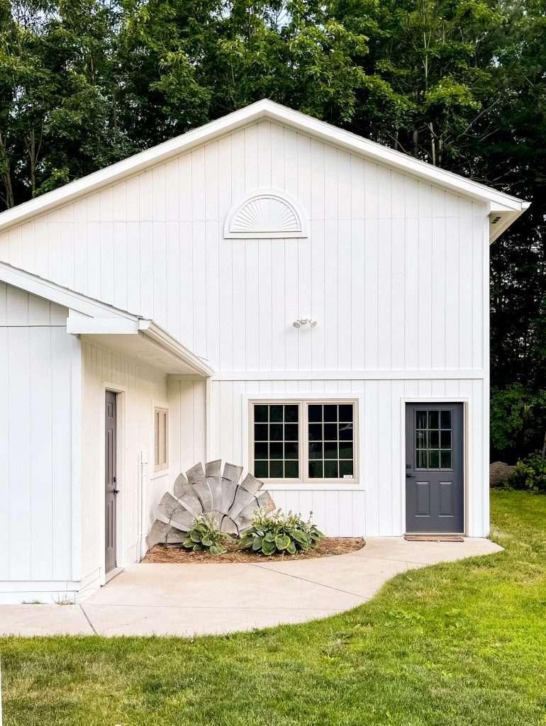 best white exterior paint snowbound barn