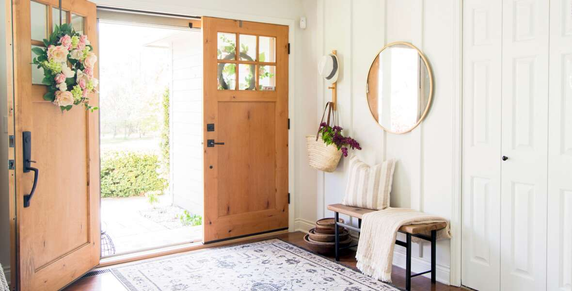 Floor to ceiling board and batten entryway feature image