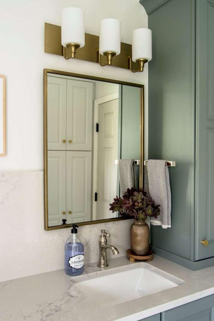 Bathroom mirror with vanity light