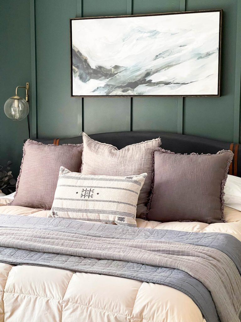 Bed pillows as neutral fall decor ideas