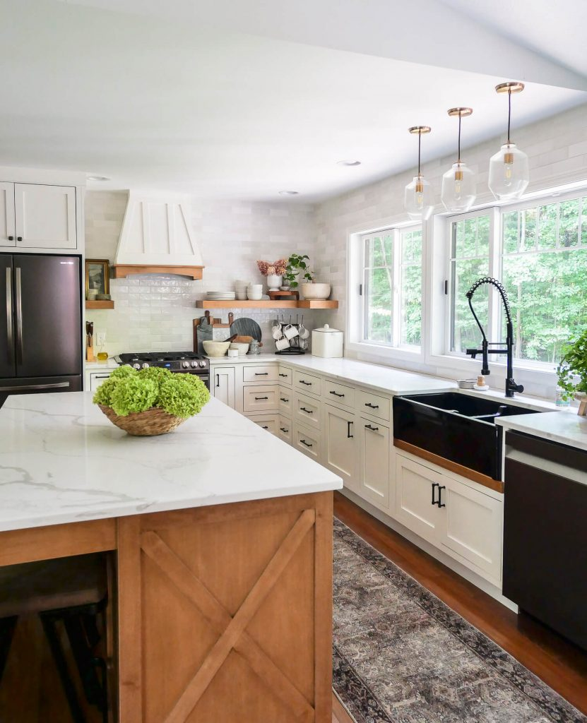 Farmhouse style lighting in a kitchen.