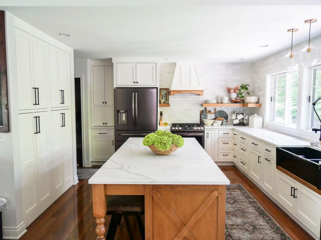 Dried hydrangeas in a kitchen with neutral fall decor ideas.